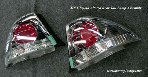 JDM Toyota Altezza / IS300 GXE10 Rear Tail Light Set